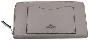 Coach 100% Auth Coach Wallet Brand New