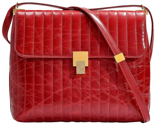 Preload https://img-static.tradesy.com/item/26102186/victoria-beckham-quinton-red-calfskin-leather-shoulder-bag-0-3-540-540.jpg