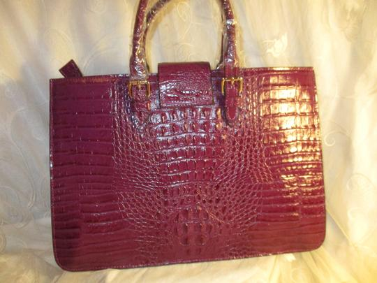 Koko Shantal Croc Embossed Faux Leather Man Made Tote Onm002 Satchel in purple Image 5