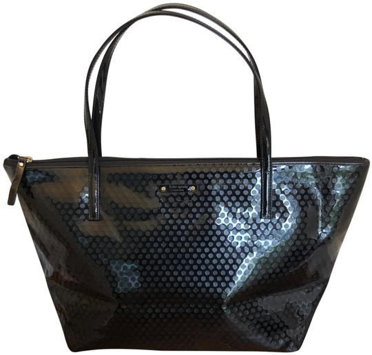 Preload https://img-static.tradesy.com/item/26102264/kate-spade-black-patent-leather-tote-0-1-540-540.jpg