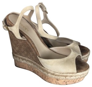 Gucci Tan Suede Wedges