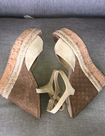 Gucci Tan Suede Wedges Image 2