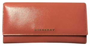 Burberry Burberry Patent leather continental wallet