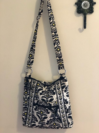 Vera Bradley Cross Body Bag Image 4