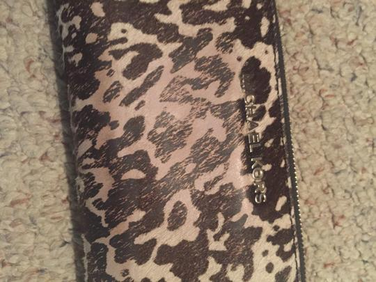 Michael Kors Wristlet in Black and White Image 5