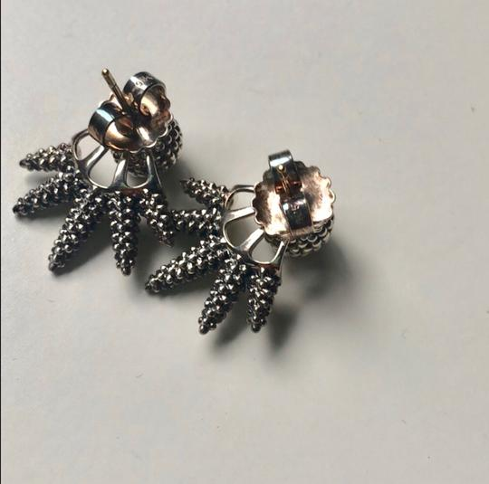 Lagos caviar stud earrings Image 3