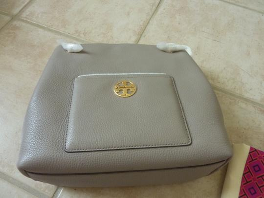 Tory Burch Leather Logo Casual Shoulder Bag Image 2