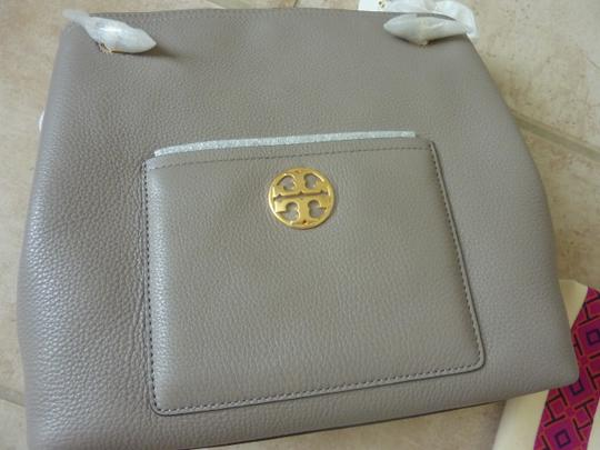 Tory Burch Leather Logo Casual Shoulder Bag Image 5