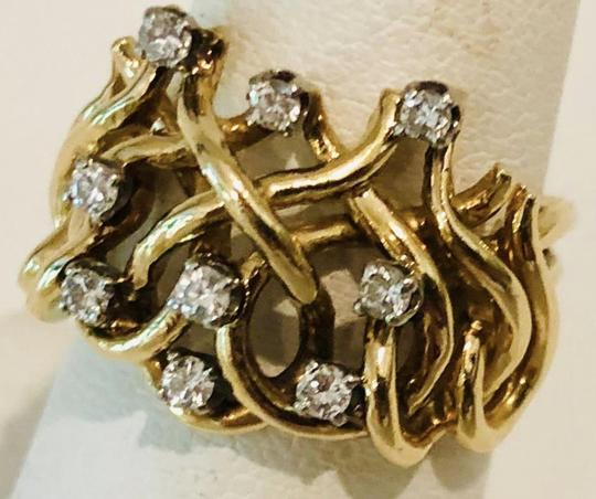 Unknown 1970s Modernist Diamond And 14 Karat Gold Ring 6.5 Image 3