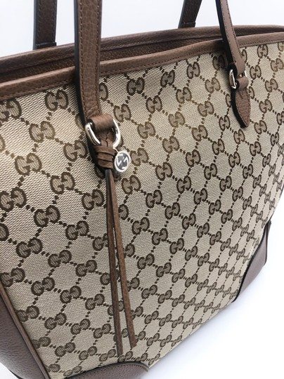 Gucci Gg Large Gg Supreme Tote in Beige/ Brown Image 3