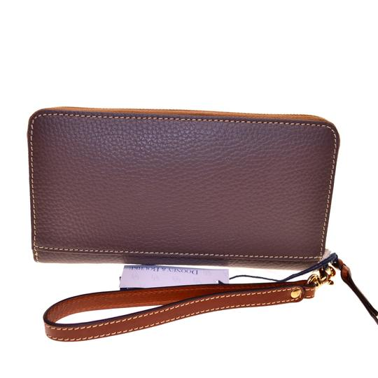 Dooney & Bourke Pebble Leather Lg zip clutch Wristlet Image 2