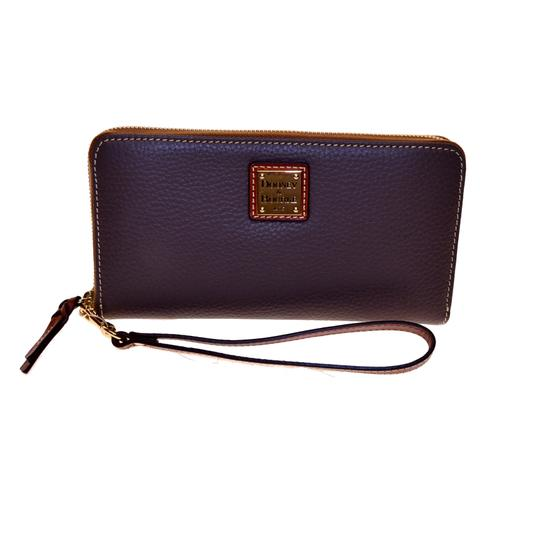Dooney & Bourke Pebble Leather Lg zip clutch Wristlet Image 5