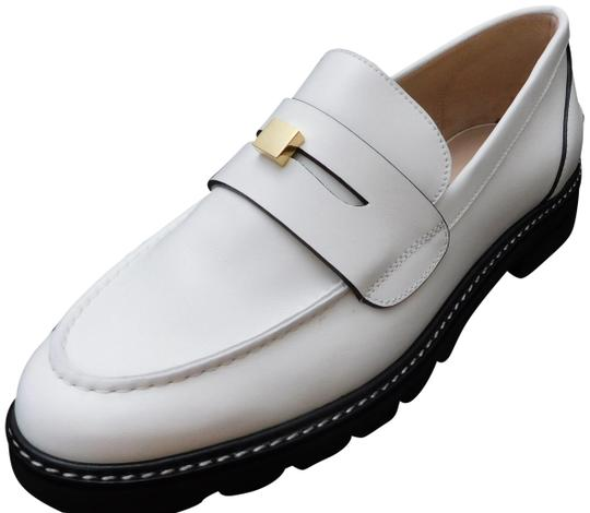 Preload https://img-static.tradesy.com/item/26102685/stuart-weitzman-white-w17-women-s-penley-patent-leather-loafer-flats-size-us-10-regular-m-b-0-1-540-540.jpg