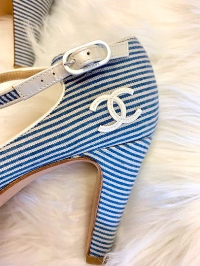 Chanel blue and white Pumps Image 3