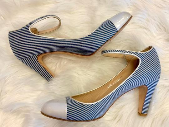 Chanel blue and white Pumps Image 4