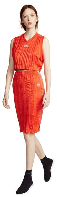 Item - Orange 2-piece Cropped Top and Skirt Mid-length Short Casual Dress Size 2 (XS)