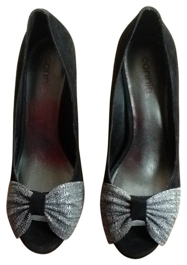 Preload https://img-static.tradesy.com/item/26105/connie-black-and-fabric-never-worn-open-toe-non-skid-bottom-pumps-size-us-8-0-0-540-540.jpg