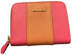 Coach zippy coin zip around crossgrain card case wallet