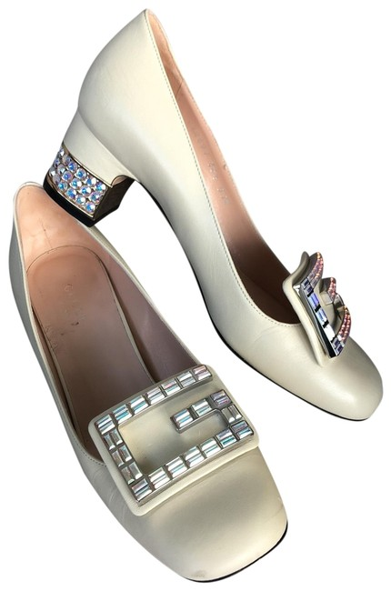Item - Cream Loafer Style with Crystal Detail Flats Size EU 36.5 (Approx. US 6.5) Regular (M, B)