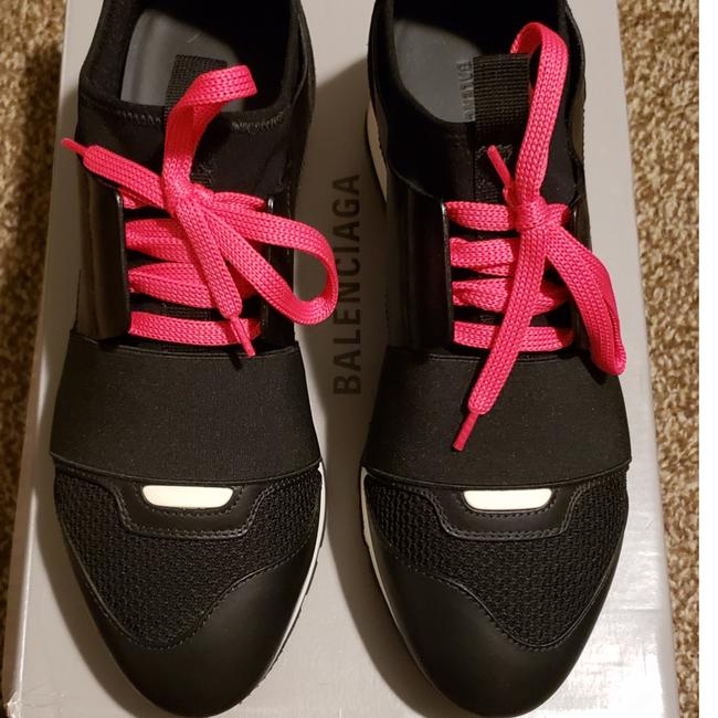 Item - Pink Black and White Runner Sneakers Size US 7 Narrow (Aa, N)