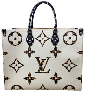 Louis Vuitton Tote in Ivoire