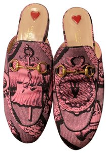 Gucci pink and black Mules