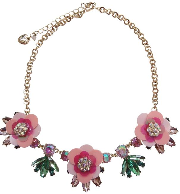 Item - Pink New Lucite Flower Necklace