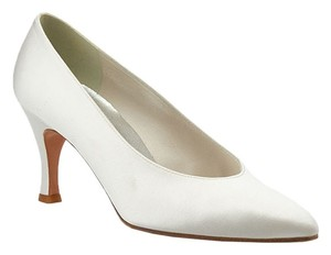 Stuart Weitzman Satin White Pumps