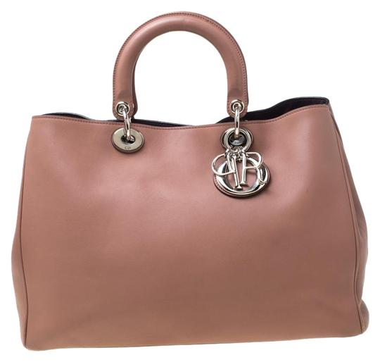 Preload https://img-static.tradesy.com/item/26116039/dior-old-rose-large-diorissimo-shopper-pink-leather-tote-0-1-540-540.jpg
