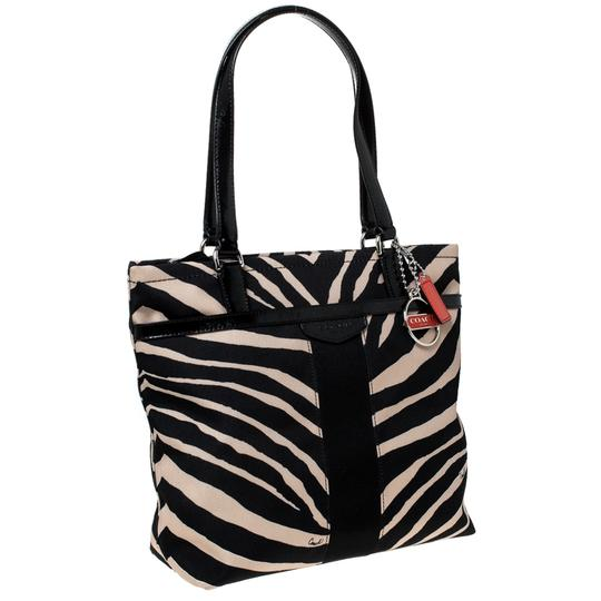 Coach Canvas Patent Leather Tote in Black Image 4