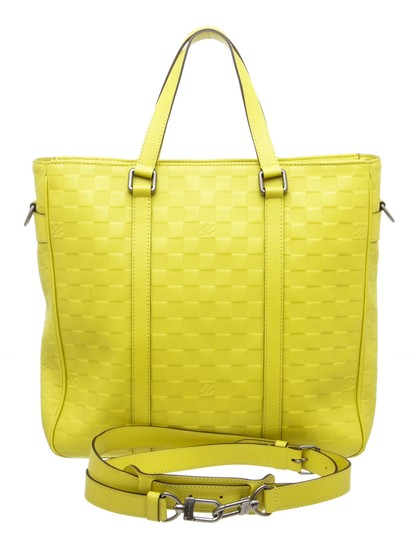 Louis Vuitton Tote in Neon Yellow Image 7