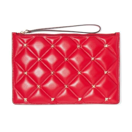 Preload https://img-static.tradesy.com/item/26116515/valentino-garavani-candystud-quilted-leather-wristlet-pouch-clutch-0-0-540-540.jpg