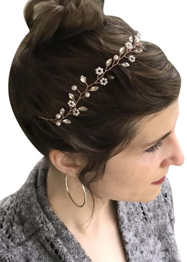 Preload https://img-static.tradesy.com/item/26116544/white-delicate-floral-headpiece-flower-garland-pearl-bridal-crown-hair-accessory-0-3-540-540.jpg