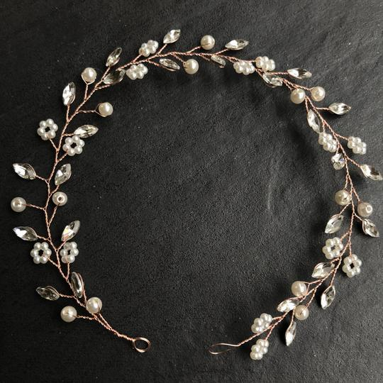 Other Delicate Floral Headpiece Flower Garland Pearl Bridal Crown Image 1