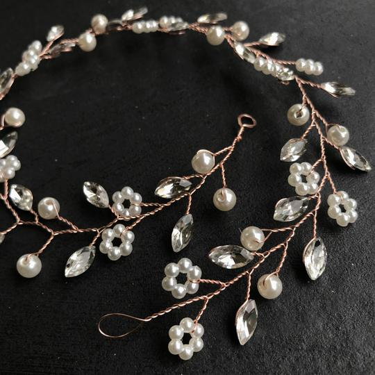 Other Delicate Floral Headpiece Flower Garland Pearl Bridal Crown Image 4