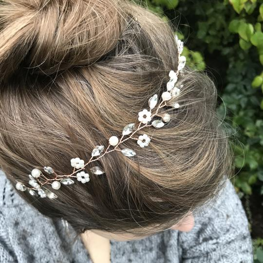 Other Delicate Floral Headpiece Flower Garland Pearl Bridal Crown Image 6