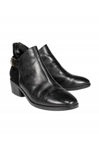 Cole Haan Blake Suede black Boots