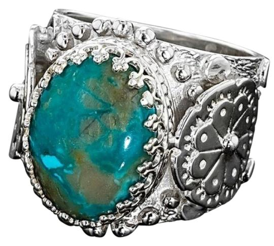 Preload https://img-static.tradesy.com/item/26117221/blue-southwest-cabochon-fox-nevada-turquoise-ring-0-1-540-540.jpg