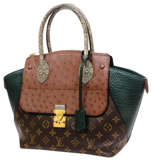 Preload https://img-static.tradesy.com/item/26117926/louis-vuitton-majestueux-excellent-limited-edition-green-exotique-pm-handbag-multicolor-leather-satc-0-2-540-540.jpg