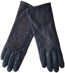 Adrienne Vittadini genuine leather gloves