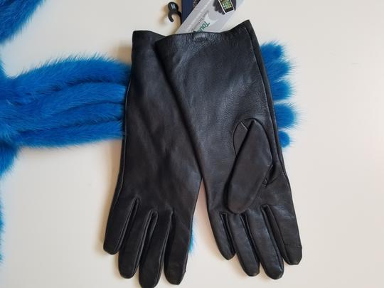 Adrienne Vittadini genuine leather gloves Image 1