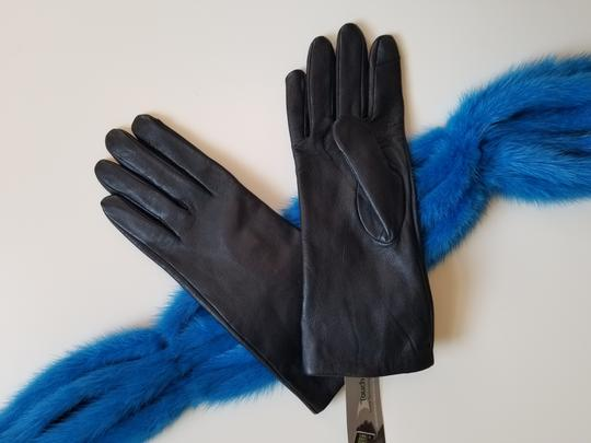 Adrienne Vittadini genuine leather gloves Image 2