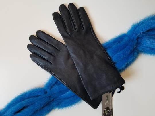 Adrienne Vittadini genuine leather gloves Image 3