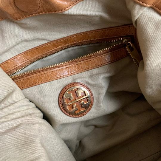 Tory Burch Tote in Camel Image 5