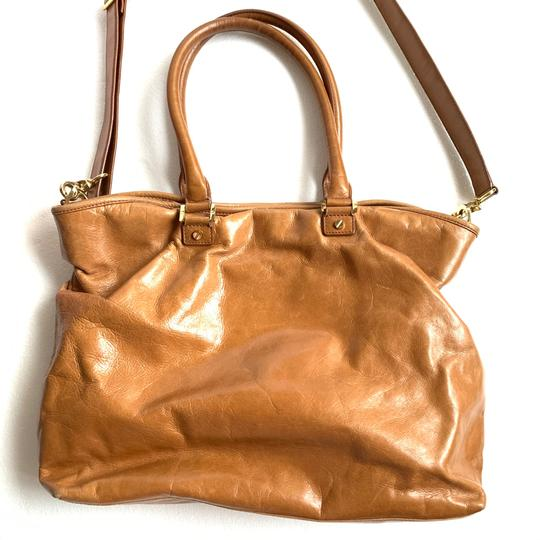 Tory Burch Tote in Camel Image 6