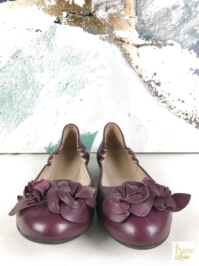Tory Burch Maroon Blossom 6.5 Women's Red Flats Image 1