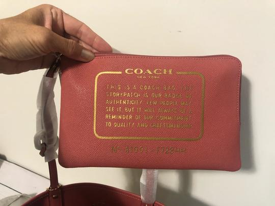Coach Tote in pink with lily floral pattern Image 1