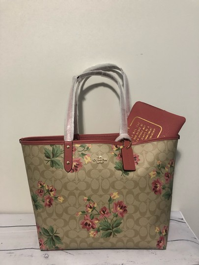 Coach Tote in pink with lily floral pattern Image 5