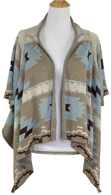 Preload https://img-static.tradesy.com/item/26118248/soft-surroundings-aztec-print-open-draped-front-cardigan-beige-sweater-0-1-650-650.jpg