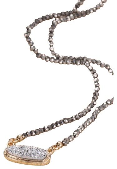 Preload https://img-static.tradesy.com/item/26118285/gray-druzy-beaded-necklace-0-3-540-540.jpg